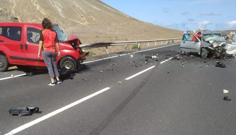 A Serious Accident in Tinajo Leaves One Dead and Three Injured