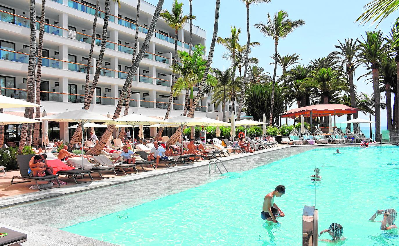 Canarian Hotels Will No Longer Require The Covid Certificate or a Test