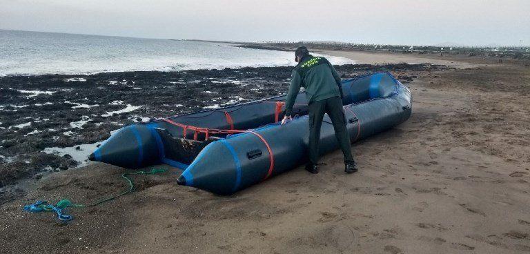 Pneumatic Boat with 46 Migrants Arrives at Playa Honda